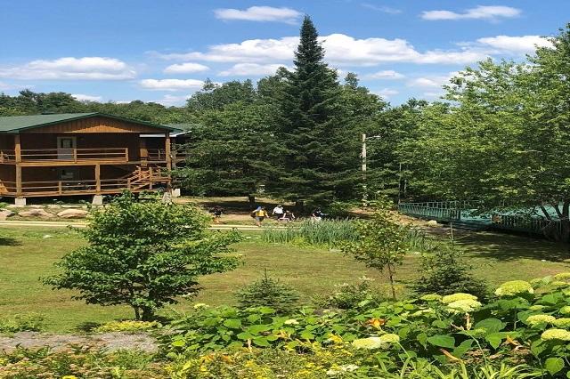 Sivananda Yoga Vacation Retreat – Canada
